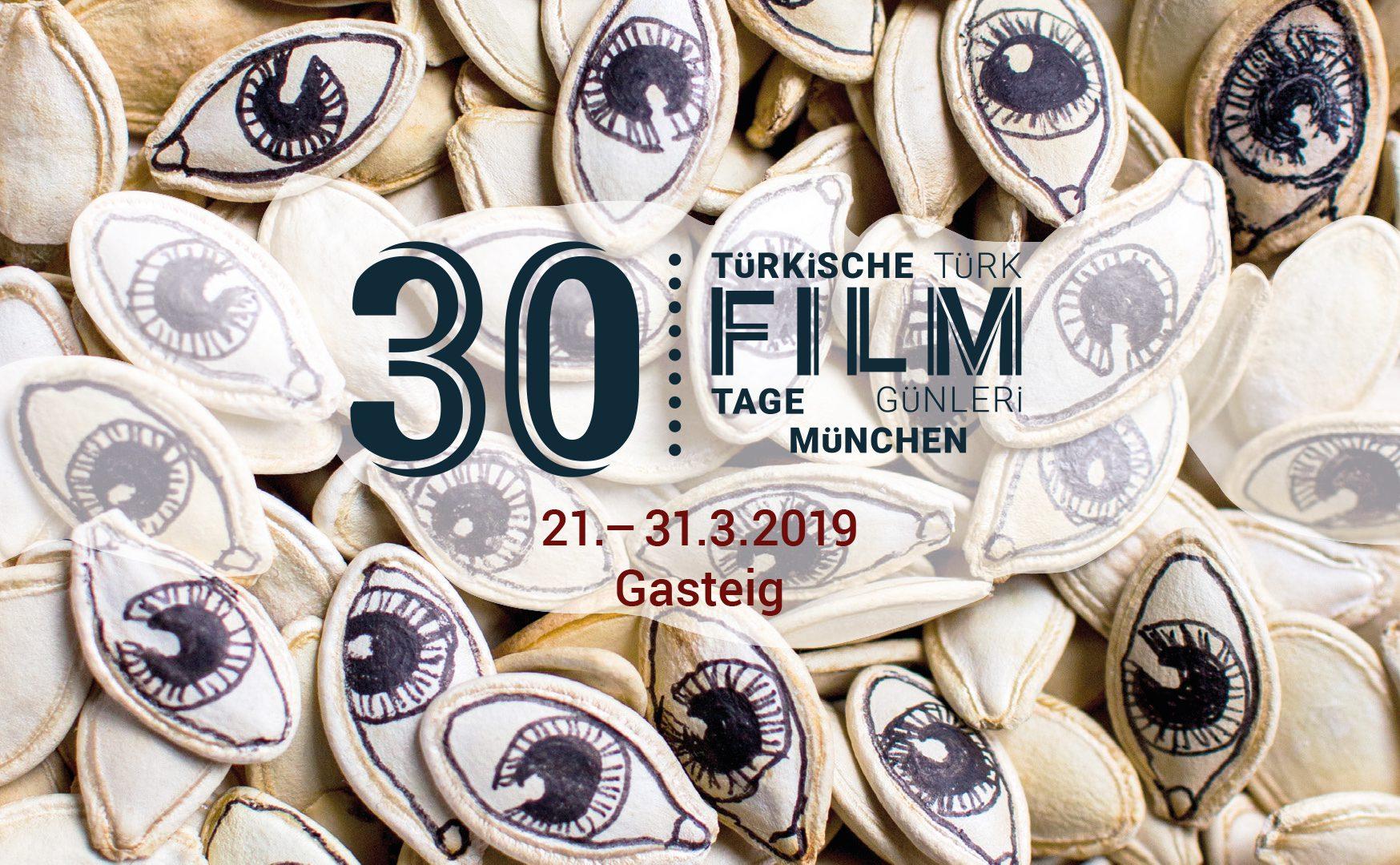 Die 30. Türkischen Filmtage erwarten euch mit einem spannenden Programm. Zu sehen gibt es 12 Spielfilme, 5 Dokumentarfilme, 8 Kurzfilme und 1 Film für Kinder.  In Kürze findet ihr hier das vollständige Programm!